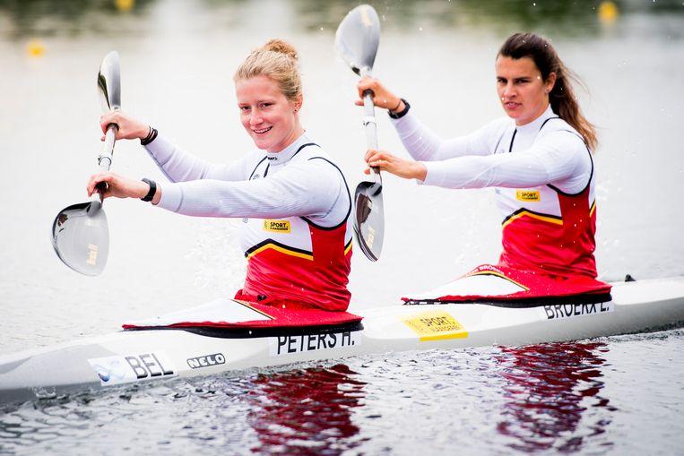 Hermien Peters en Lize Broekx doen mee aan de K1 en K2 500m.