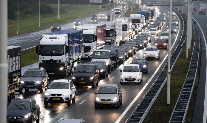Vrijdag wordt extra drukte verwacht op verschillende snelwegen door het hele land.
