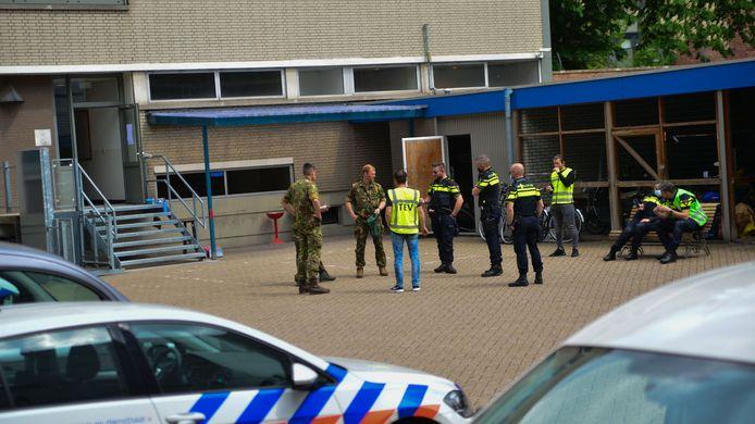 De Explosieven Opruimingsdienst kwam ter plaatse om onderzoek te doen naar het voorwerp.