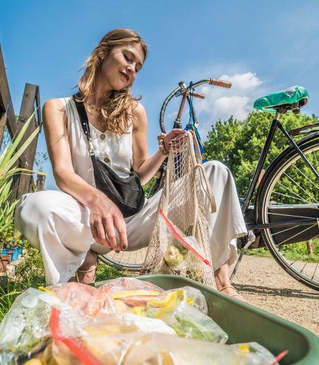 Drie uur fietsen om voor drie dagen dure boodschappen te doen