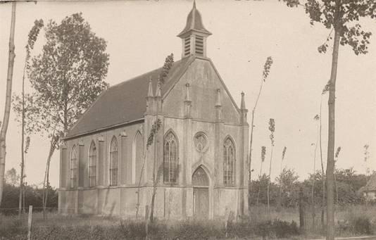 De protestante kerk aan Schansoord in Erp, omstreeks 1925.
