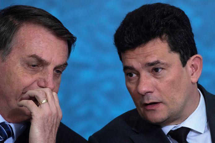 De Braziliaanse president Jair Bolsonaro (links) met de inmiddels opgestapte Justitieminister Sergio Moro.