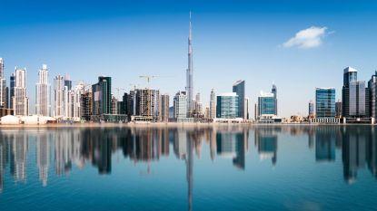 Toerist huurt snelle wagen in Dubai en rijgt voor meer dan 40.000 euro aan flitsboetes aaneen