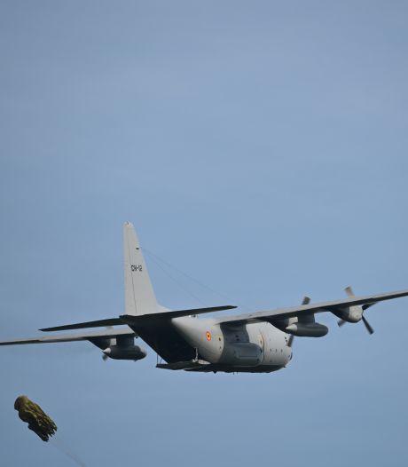 De vraag die heel Amersfoort bezighoudt: wat doen al die laagvliegende legervliegtuigen boven de stad?