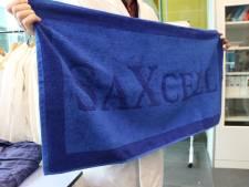 Enschede krijgt testfabriek SaXcell om van gebruikt textiel nieuwe broeken te maken