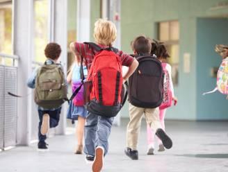 'Forza Ninove Solidair' deelt opnieuw schoolpakketten uit voor 'Terug-Naar-School-actie'