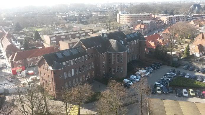 De voormalige mts aan de Frederiklaan is ook onderdeel van het plan van Foolen en Reijs voor de voormalige Philips Bedrijfsschool/het huidige Summa College. Hier komt waarschijnlijk een particuliere school in.