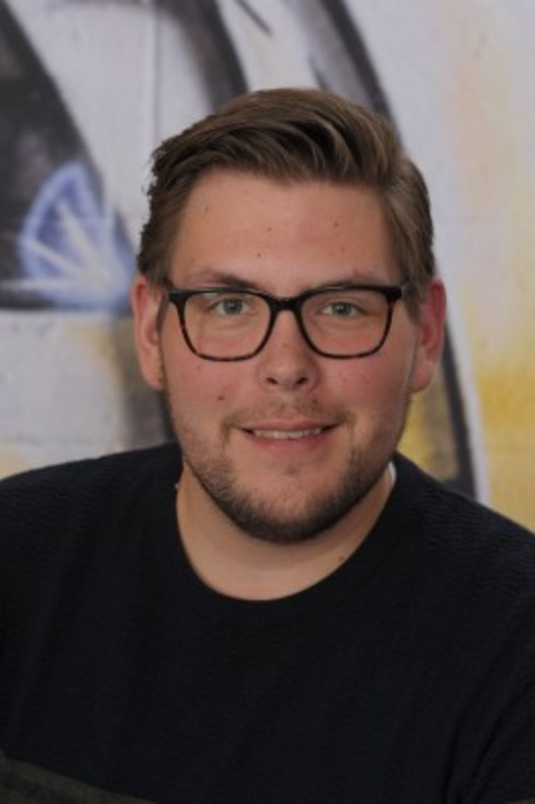 Muziekdocent Bas Koolenbrander: 'Ik hou erg van samen zingen, maar dat was de afgelopen tijd eigenlijk verboden'. Beeld
