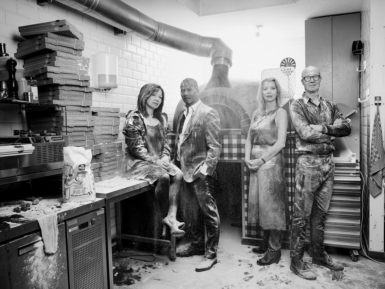 De eigenaren van de De Pizzabakkers. Vanaf links: Siang-Lan Go, Anthony de Vries, Margreet Leguijt  en Dmitri Schokker. Beeld Jaap Vliegenthart