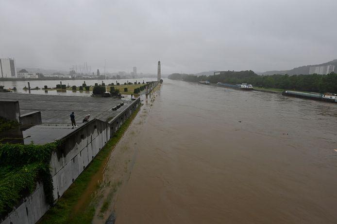 De stuwdam van Monsin bij Luik.