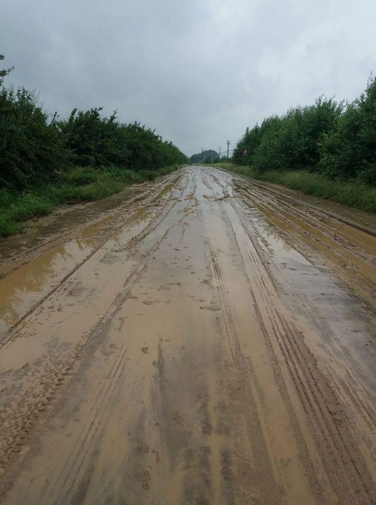 De Sint-Jobstraat in Ezemaal (Landen).