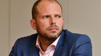 """Francken over vrijlating van sans-papiers met strafblad: """"Ons actieplan is best mogelijke aanpak"""""""