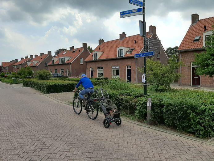 De Van der Lelystraat in Woudrichem.
