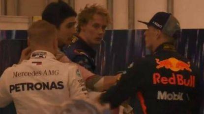 """Toen Ocon zei 'ik was gewoon sneller dan jij' ging Max Verstappen over de rooie: """"Geen spijt van mijn duwen"""""""