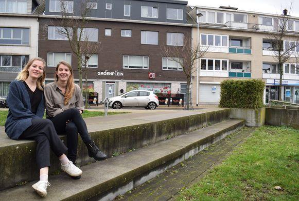 Ella en Joke mogen eindelijk mensen ontvangen in hun ontmoetingshuis op het Groenplein.