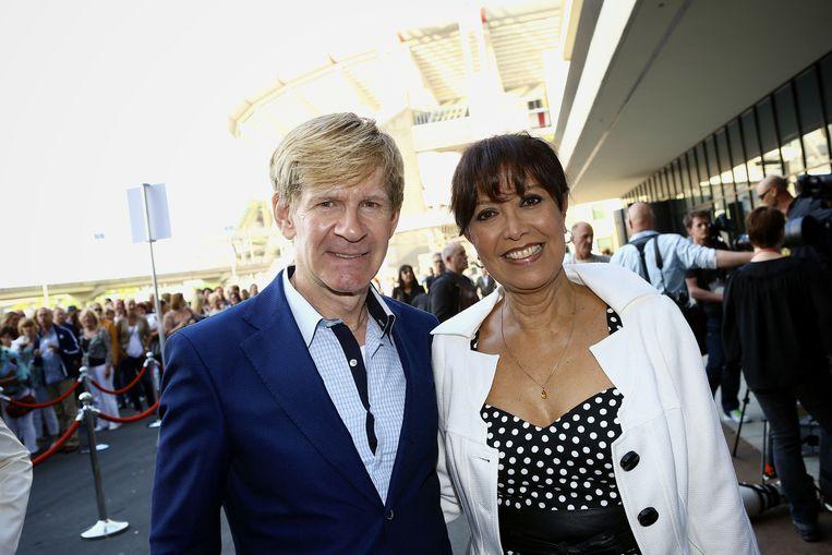 Sandra Reemer en mode-ontwerper Addy van den Krommenacker.  Beeld ANP Kippa