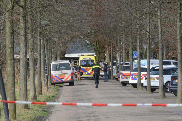 In Rijswijk is een man gewond geraakt door een steekpartij.