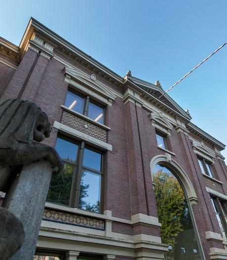 Ontslagen medewerker verdacht van stelen auto van de zaak in Apeldoorn