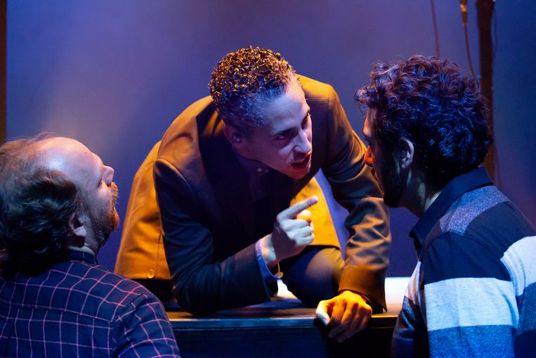 Abdelhadi Baaddi (midden) in Listen Up! met Joost Maaskant (links) en Daniel Mandolini (rechts) Beeld Steven Tips