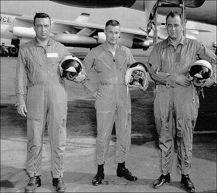 De bemanning van de B-47 bommenwerper: Howard Richardson, Bob Lagerstrom en Leland Woolard. © This Day in Aviation