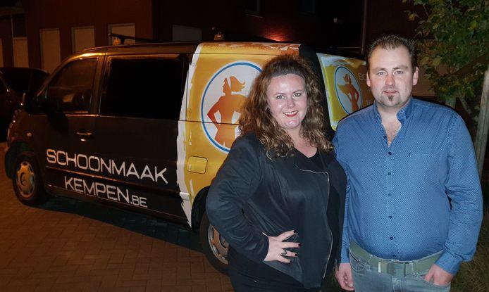"""Kim Bogaerts, zaakvoerder en Nic Bastiaansen van het nieuwe bedrijf """"Schoonmaak Kempen"""""""
