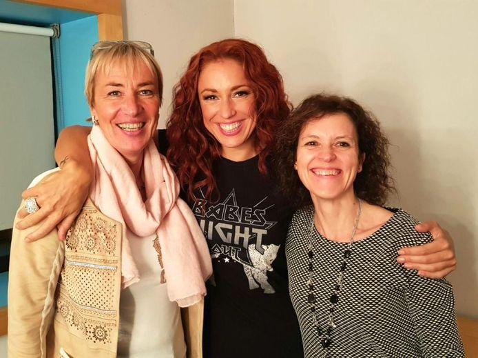 Natalia en haar zussen Carrie en Patsy.