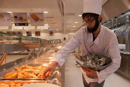 De voorbereiding van het ontbijt bij Ikea.