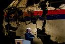 OVV-voorzitter Tjibbe Joustra tijdens de presentatie van het MH17-rapport in Gilzen Rije.