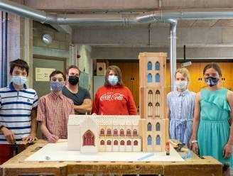 """Leerlingen TSM bouwen Sint-Romboutskathedraal in hout: """"Heel fier"""""""