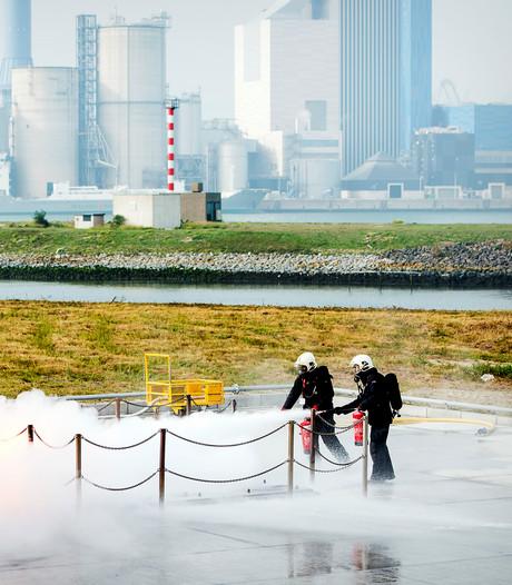 Brandweer gebruikt giftig blusschuim