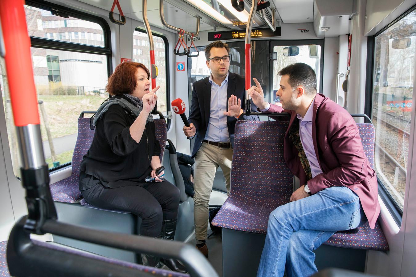 PVV-lijsttrekker Karen Gerbrands en Hasan Küçük van Islam Democraten krijgen het met elkaar aan de stok in de AD Stemtram.