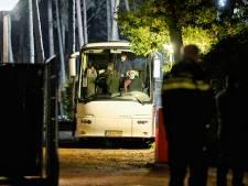 Honderd vluchtelingen uit Ter Apel opgevangen in vakantiepark De Reebok in Oisterwijk