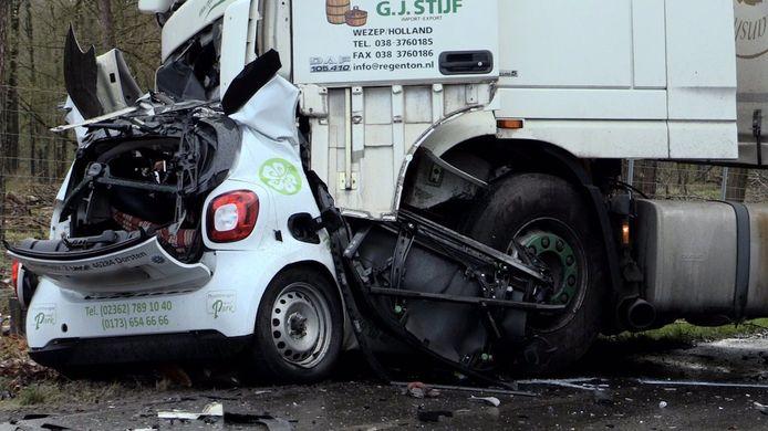 Een 36-jarige man uit het Duitse Dorsten kwam om het leven bij het ongeluk in het Schermbeck.