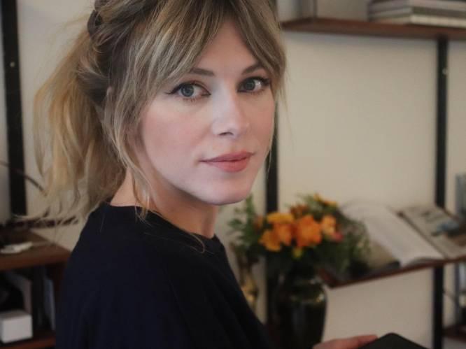"""Hoe dóet ze het? Véronique Leysen (35) ging opnieuw studeren en deelt haar ultieme tip voor andere mama's. """"Iedereen verklaarde me gek"""""""