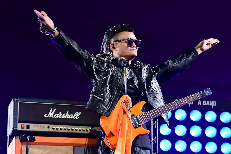 Jack Ma treedt op tijdens een feest voor het twintigjarig bestaan van zijn bedrijf Alibaba.  Beeld AP