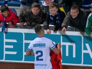 Deze PEC-fan ruilde zaterdag het shirtje met Bram van Polen. 'Dit maakte een slechte wedstrijd legendarisch'