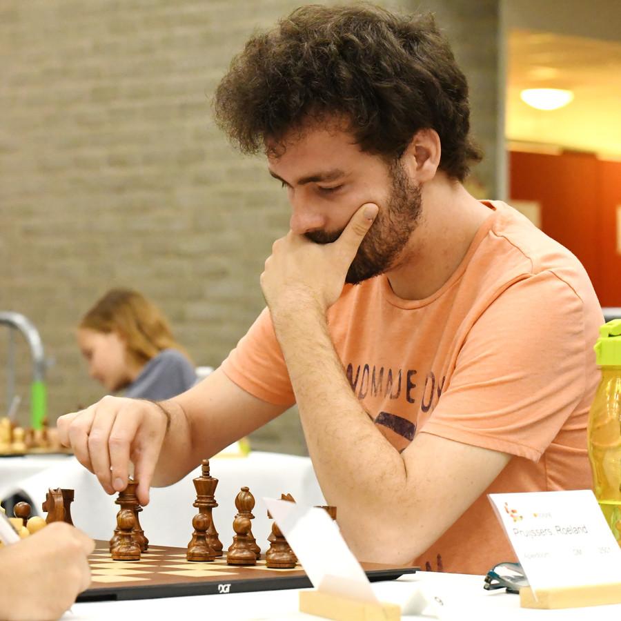 Roeland Pruijssers, hier tijdens het Open NK in 2018, eindigde bij Leiden Chess op de derde plaats.