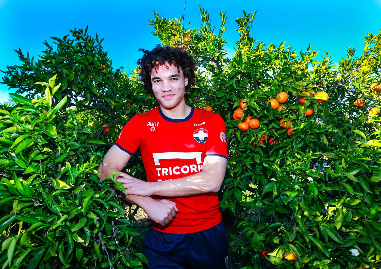 Als 17-jarige mocht Victor van den Bogert mee op trainingskamp met het eerste elftal naar het Spaanse Oliva.