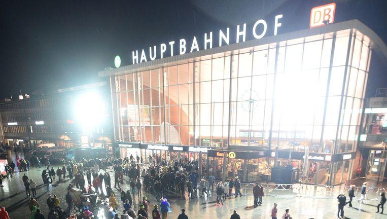 Het Hauptbanhof in Keulen, het hoofdstation waar de meeste van de aanrandingen en diefstallen plaatsvonden. Beeld © epa