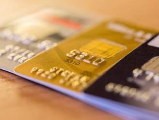 Fiscus screent massaal bankkaarten