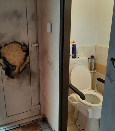 Woonkamer van Ivan bezaaid met glasscherven na explosie in Lelystad: 'Ik weet wie dit gedaan heeft'