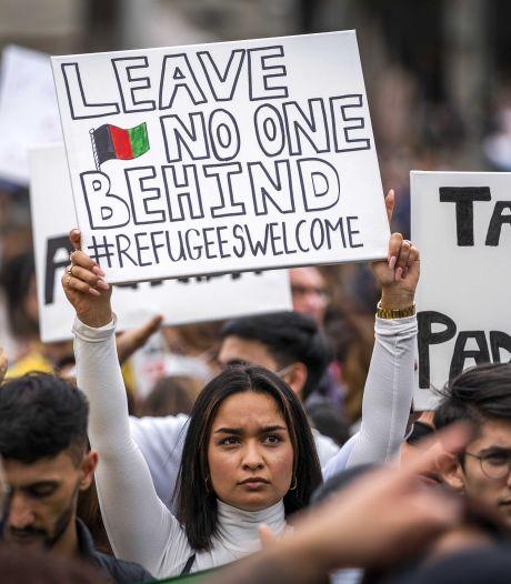 Kabinet wil nog zo'n 2000 Afghanen naar Nederland halen