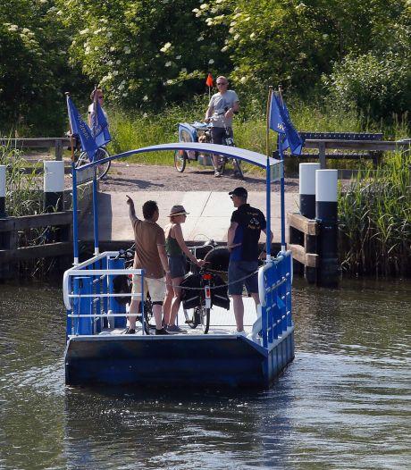 Pontje Steur gaat pas later weer varen in de Biesbosch vanwege coronamaatregelen
