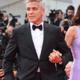 George Clooney gaat elke nacht zijn bed uit voor zijn pasgeboren kinderen