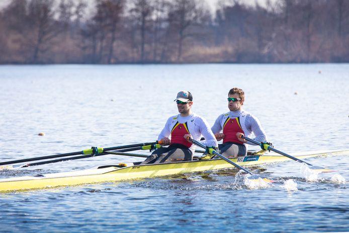 Ruben Claeys en Pierre De Loof tijdens hun winnende race op zondagvoormiddag.