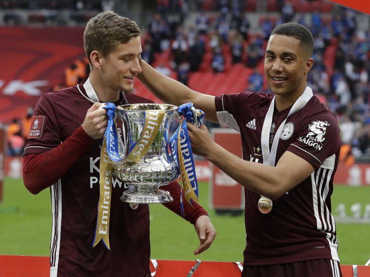 Tielemans helpt Leicester City met weergaloze goal aan FA Cup