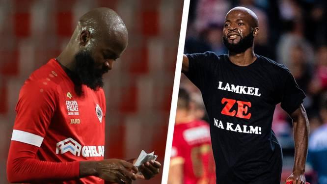 Met shirts en briefjes: de orginele manieren van communiceren van Lamkel Zé