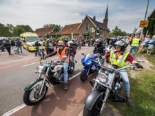 Bikers komen in Haaksbergen in actie voor terminaal zieken. Soms is het hun laatste rit: 'Daar krijg ik kippenvel van'