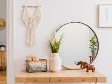 Een vieze waas op de spiegel? Zo kom je er vanaf