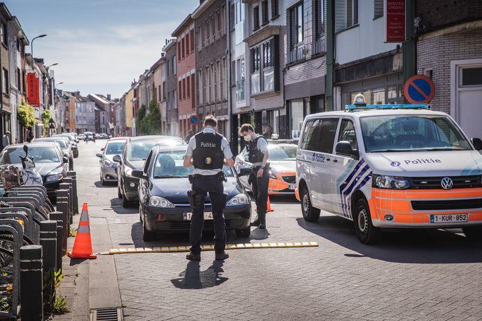 Een roadblock in de Burgse Poort afgelopen maandag.
